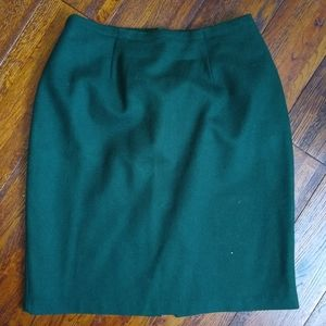 Vintage dark green pencil skirt size 6 wool